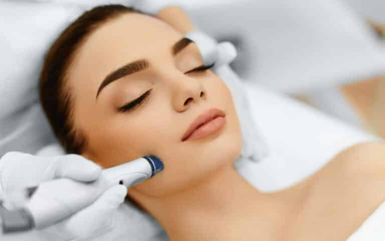Hydra dermabrasion facial laval and montreal